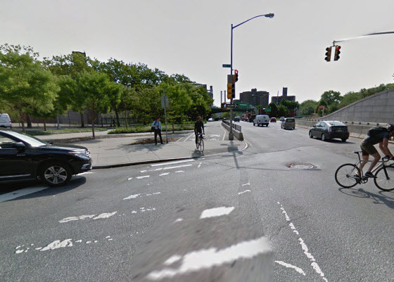 Google Streetview Image of Sands bike track end without bike box